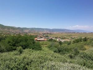 Blick auf Pogradec und den Ohrid-See